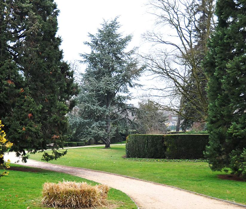Les parcs et espaces verts ville de poissy for Espace vert mairie